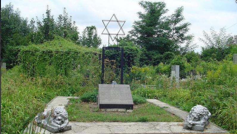 cz-jewish-mass-grave